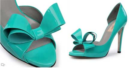 Some general information on turquoise shoes